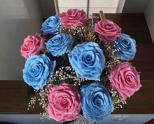ramo 12 rosas premium con Gypso 310.000
