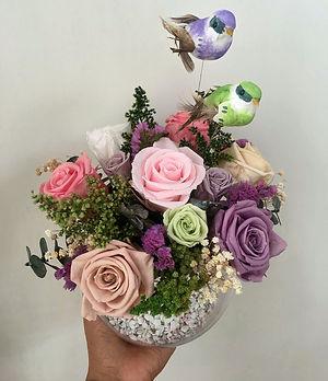 Jardin $145.000 Descripcion 7 rosas Esta