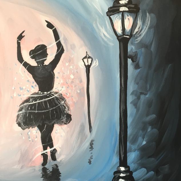 Ballerina LightPost