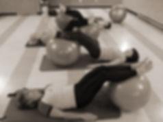 cours de pilates, cours de groupe, coaching en pilates