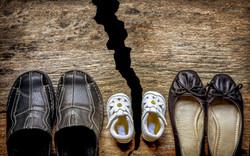 Parent and child shoes - Divorce