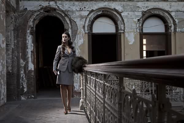 Фотосессия в заброшенном здании.
