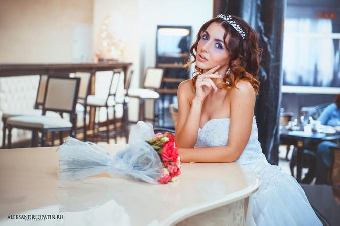 Сводебный фотограф для свадебной фотосъемки.