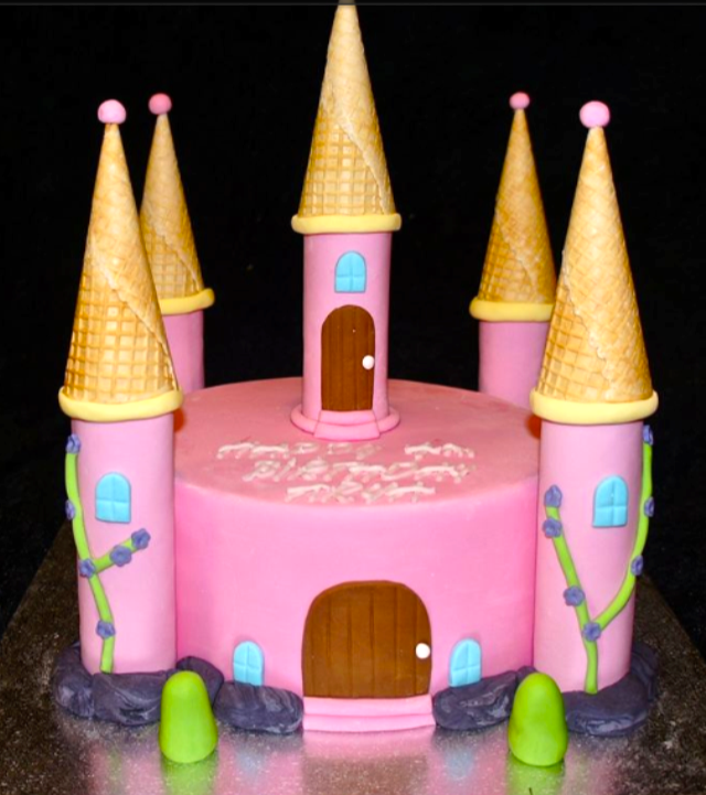 CASTLE CAKE_edited.png
