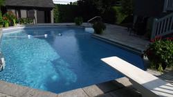 piscine-terrasse-couronnement-paves-decors