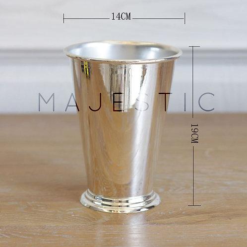 Металлическая ваза / Metal Vase