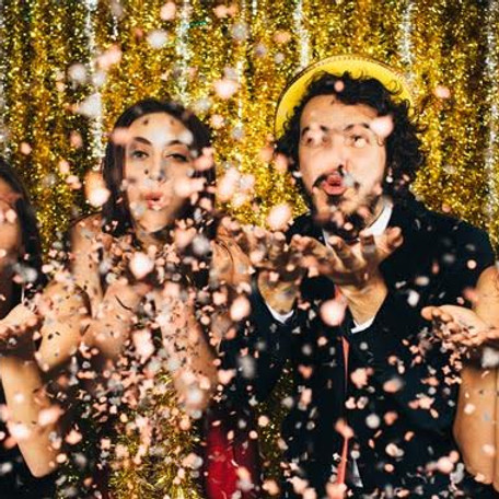 Holiday Fun Pack Ball Drop Extravaganza 9:00 PM