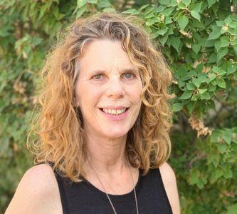 Laura Cohen - Executive Director & Co-own