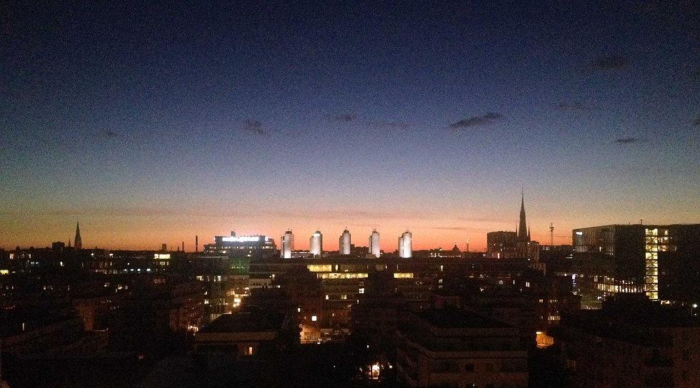 Skyline_ViewDarkBlue02.jpg