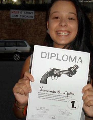nonviolence_brazil_HappyDiplomaGirl.png