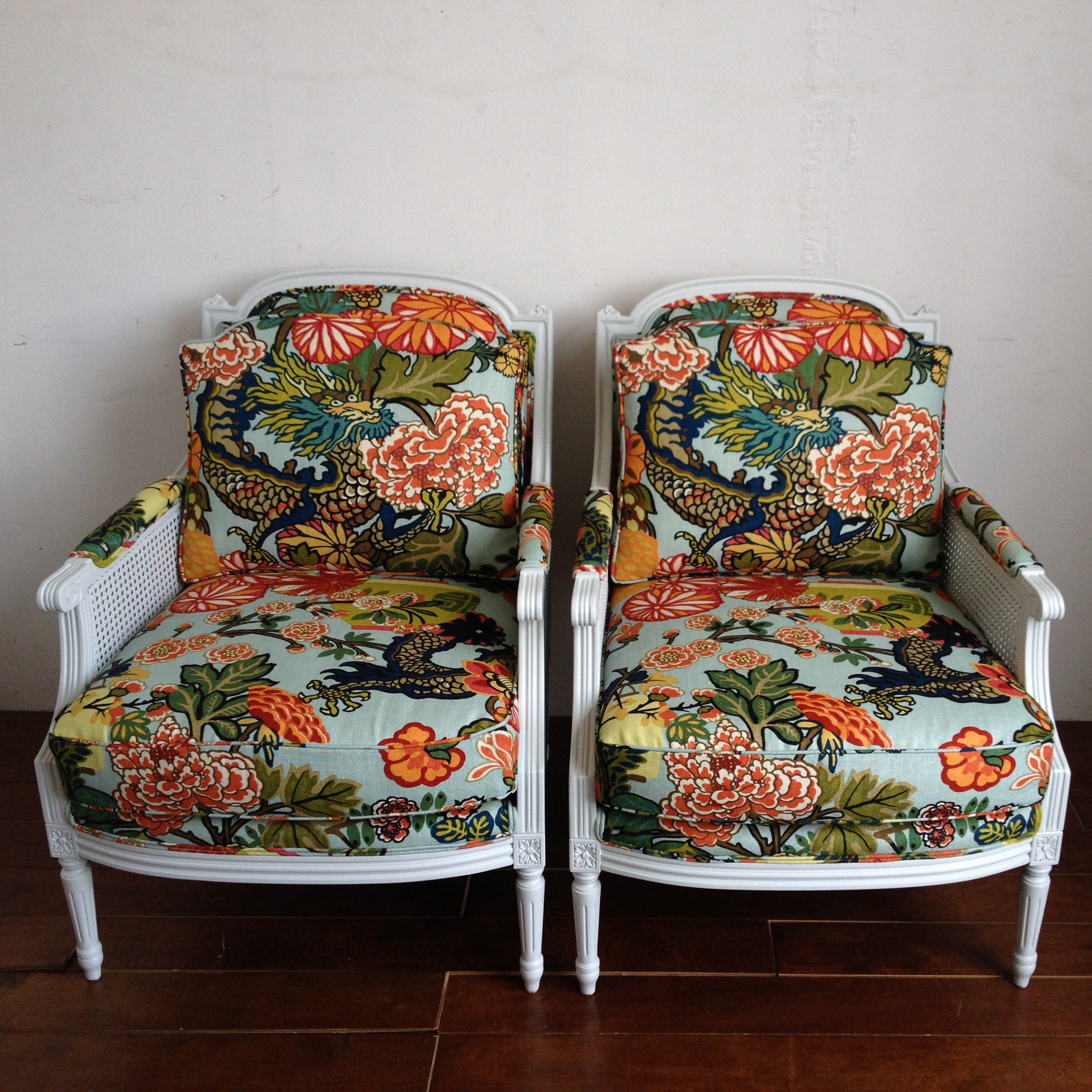 CHAING MAI DRAGON CHAIRS