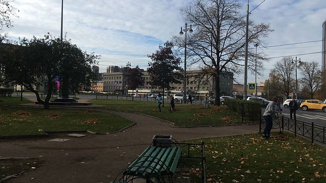 Петербуржцы могут принять участие в большой уборке города на 640 адресах