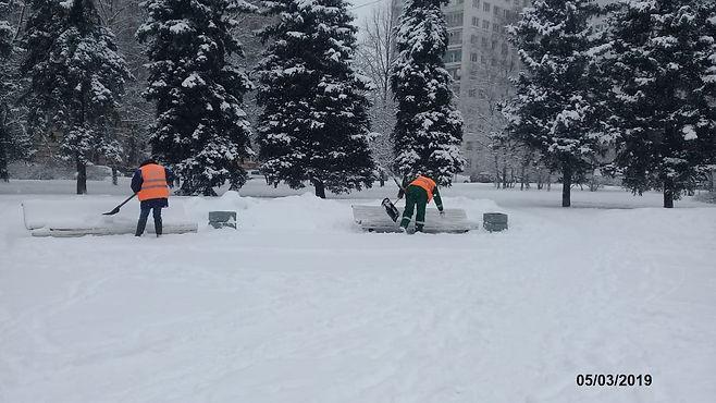 Мощный снегопад обрушился на Санкт-Петербург