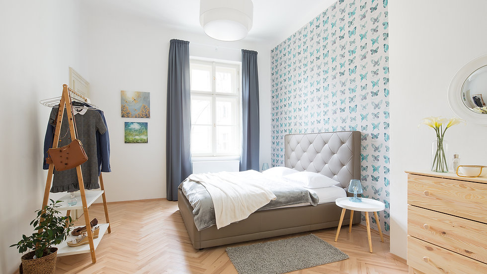 Stylish large apartment 2 minutes from metro