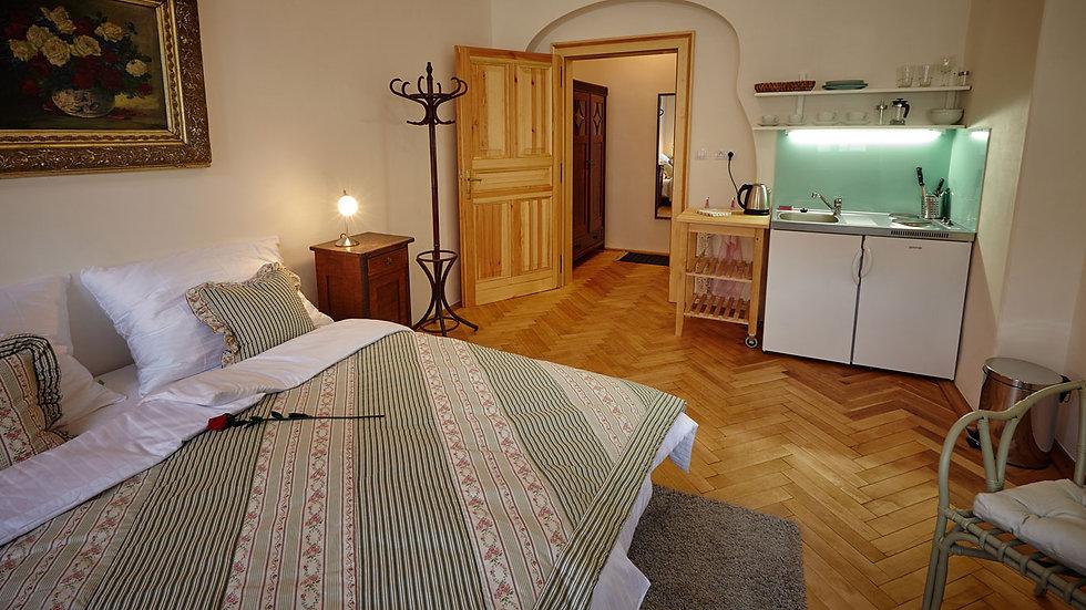 Romantický byt 1+kk na Malé straně