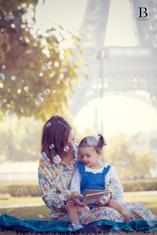 Bulles et amour au pied de la Tour Eiffel