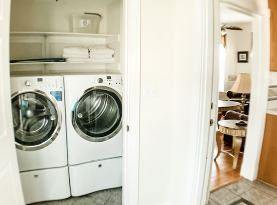 Mud room washer dryer.jpg