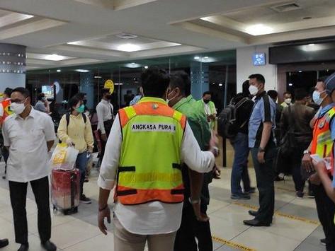Pesawat Citilink Mendarat Darurat Setelah Penumpang Anak Anak Lepas Tuas Pintu Darurat
