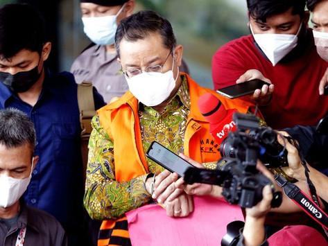 Hakim Ringankan Vonis Hukuman Juliari Batubara Jadi 12 Tahun Karena Juliari Dibully Publik