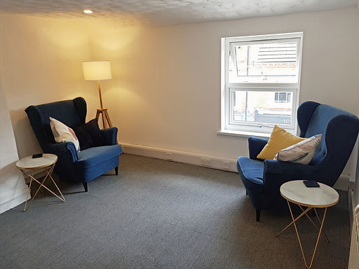 Counselling and therapy room Bromsgrove. Mary Lim Counselling & Psychotherapy.