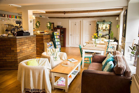Counselling and Psychotherapy in Bromsgrove, Worcestershire, Wellbeing at The Wishing Well. Mary Lim Counselling & Psychotherapy