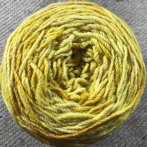 Daffodil 8 ply Polwarth yarn 200 g