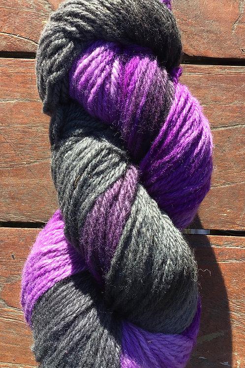 Galaxy Polwarth yarn 8 ply 100 g