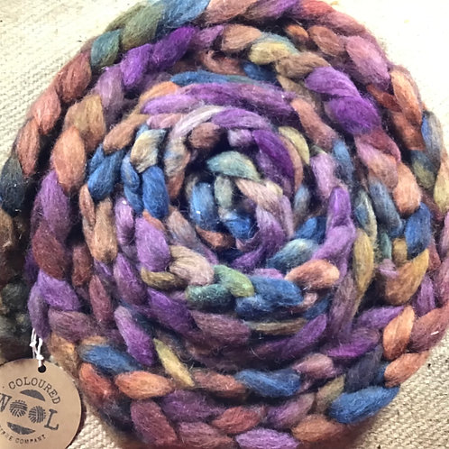 #231 steam dyed merino/ Corriedale and Suri blend 125 g