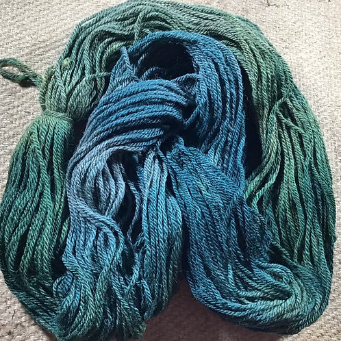 Aussie Bush Steam dyed On our naturally coloured Merino / Corriedale blend 8 ply