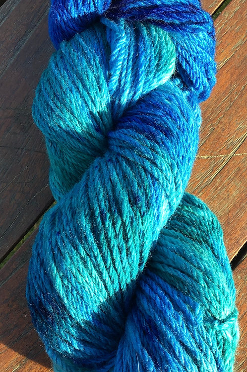 Waterfall , steam dyed blues Polwarth pure wool 8 ply 100 g
