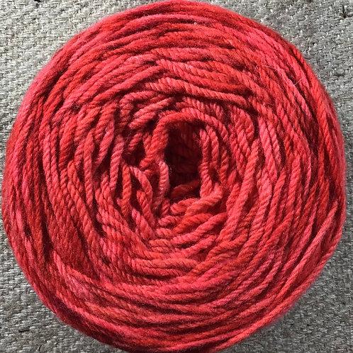 Stop sign 8 ply Polwarth yarn 200 g