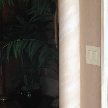 faux tile and gold on column.jpg