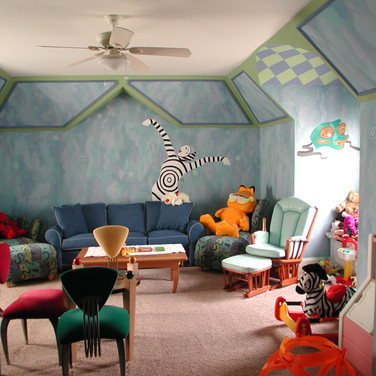 Kid's Circus Themed Mural
