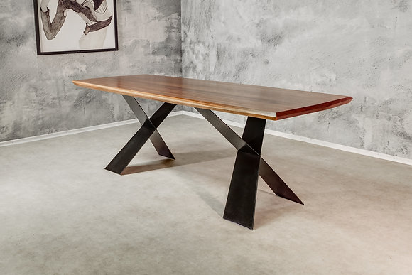 "Dining Table ""Xenium"""