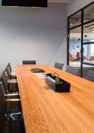 """Conference table """"Isabel"""""""