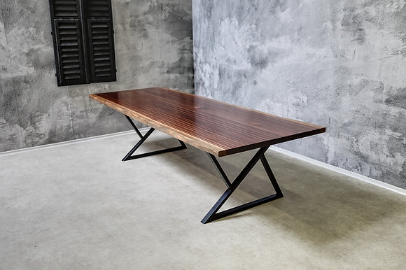 "Dining Table ""The Original"""