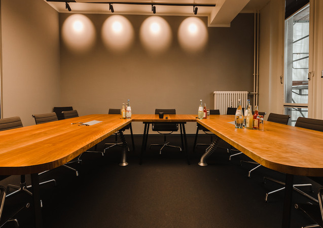 """Conference table """"Magna"""""""