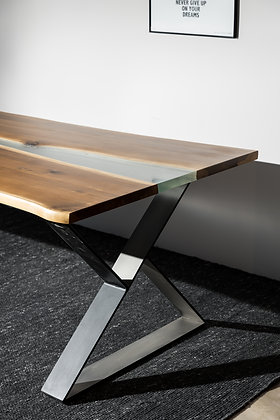 "Dining table ""Lanu"""