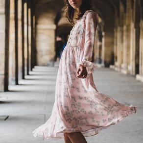 Dicke Beine, na und!? 5 Tipps, wie Du im Kleid zum Blickfang wirst