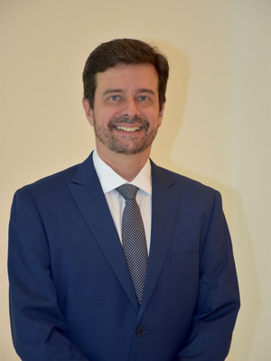 Dr. Roberto Miranda