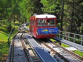 funicular-railway-3219067_1920.jpg