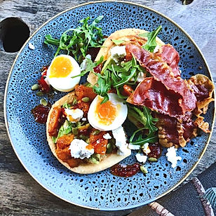 MOTO Breakfast-eggs, bacon, avocado, Noosa Junction