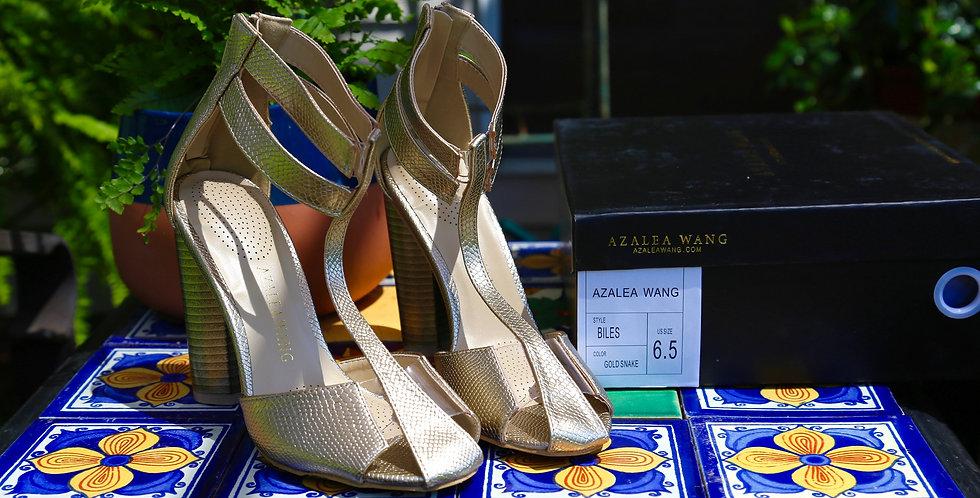 """Azalea Wang """"Biles"""" Sandal Size 6.5"""