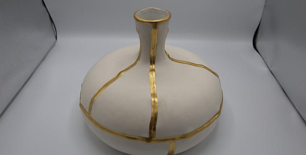 White & Gold vase