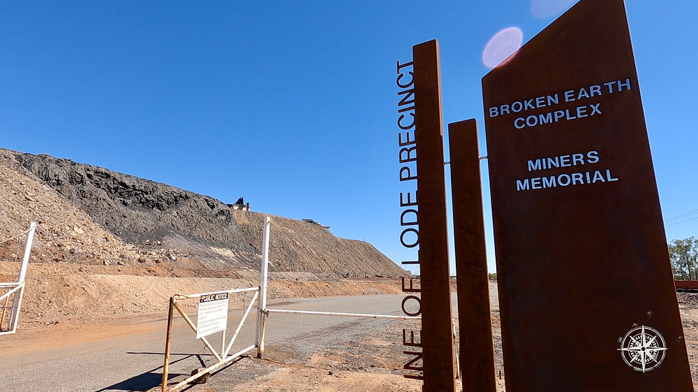 Broken Hill, Line of Lode, Miners Memorial, Signage