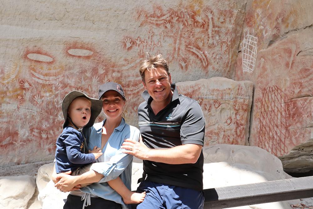 Indigenous Artwork, Aboriginal Artwork, Hand Paintings, Australian Culture, Carnarvon Gorge, Family