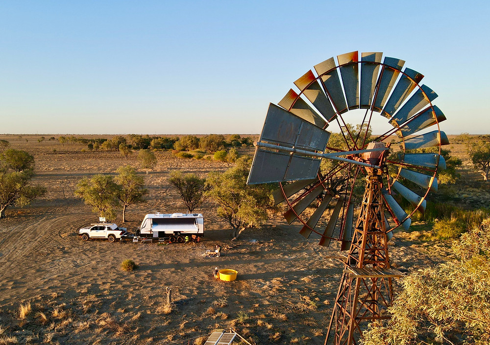 Caravan Queensland Outback