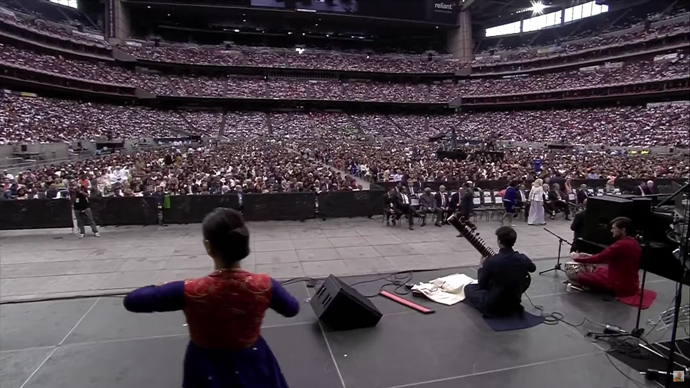 50,000 gather in Houston for Howdy Modi