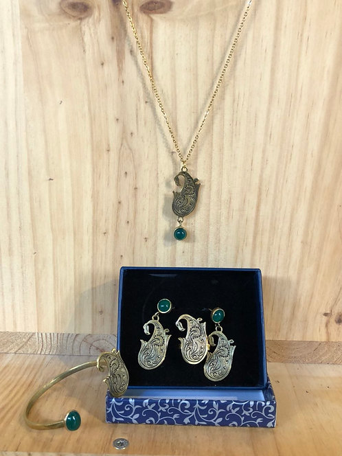 Collection collier,boucles d'oreilles,bague,bracelet d'iran