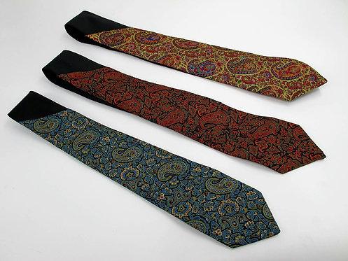 Cravates en Terme
